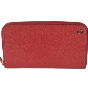 NWT Gucci Red Leather Zip Wallet GG Plaque 449347